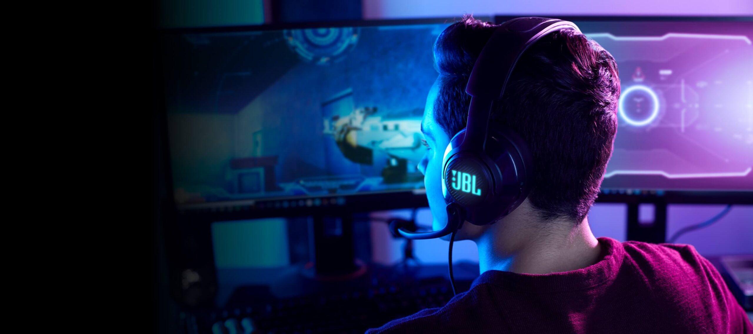 Quantum 400 gaming headset